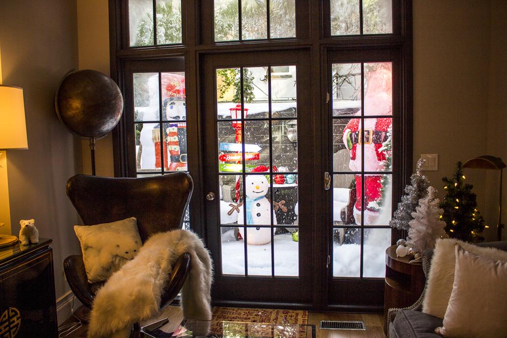 Snow Machine - Living Room