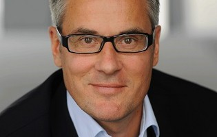 Stefan Aust leitet kommissarisch WELTN24-Chefredaktion