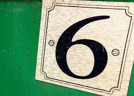 6 Signs You Work In PR