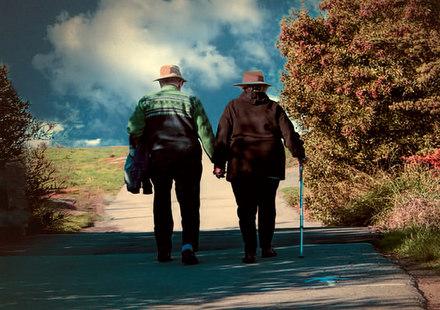 Travel-Retirees