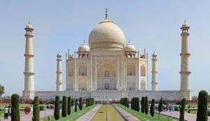 1280px-Taj_Mahal_2012
